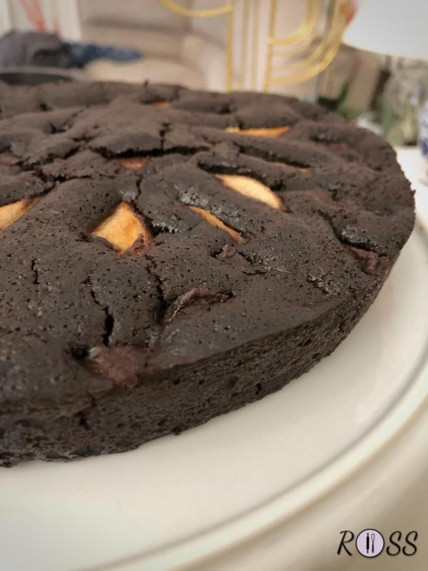Torta con pere e cioccolato (con impasto vegano)