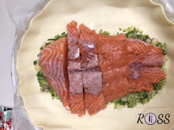 Ponete sopra il salmone.